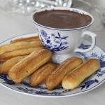 Churros Assado e Chocolate Quente