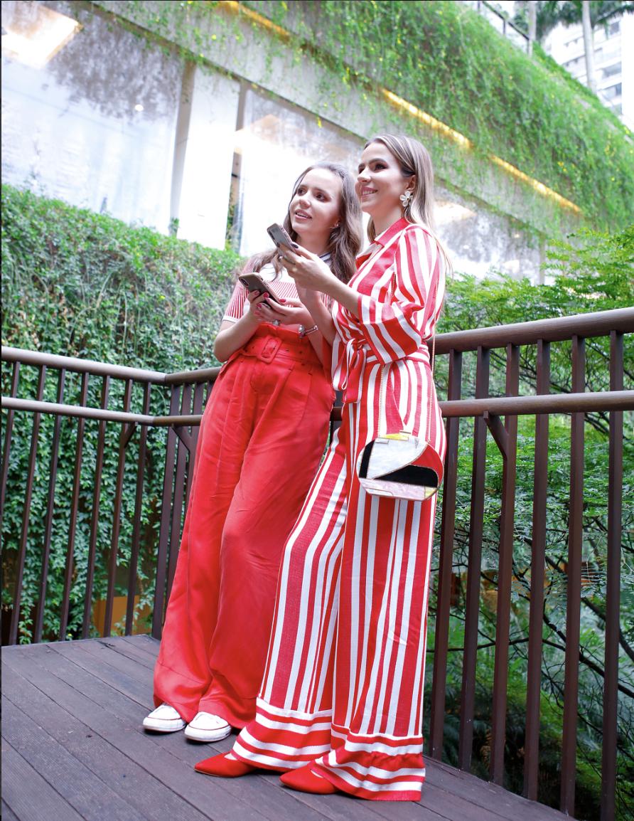 Carol e Thaís Shopping Cidade Jardim